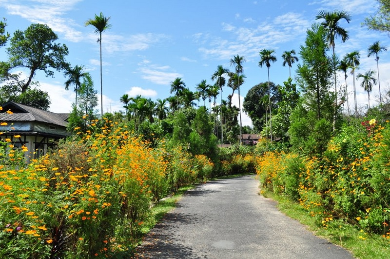 Asia's Cleanest Village - Mawlynnong, Meghalaya