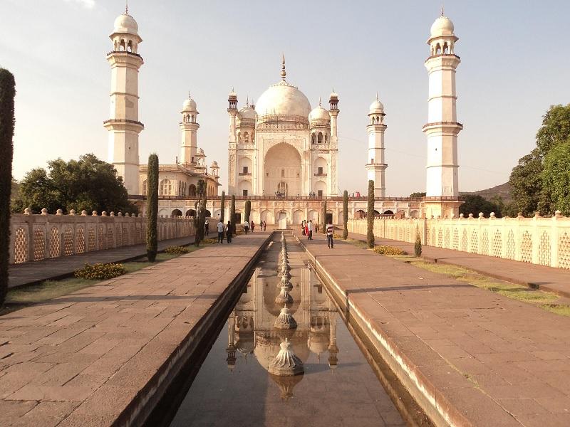 Half-Sized Taj Replica - Bibi Ka Maqbara, Aurangabad